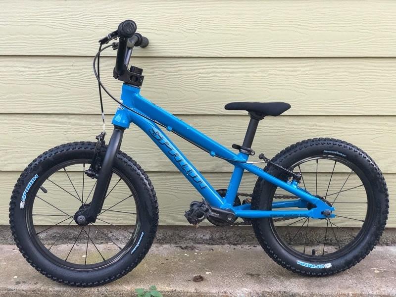 Spawn Cycles Yoji 16